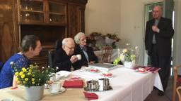 Burgemeester Depla mocht op de verjaardag komen