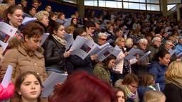 Tilburgers zingen in Willem II Stadion