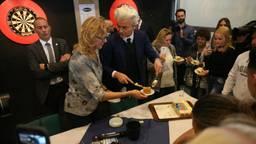 Geert Wilders tracteert (foto: Alexander Vingerhoeds).