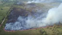 De brand in natuurgebied de Deurnsche Peel (foto: Ivo van der Put / YouTube ).