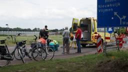 Een oudere fietser werd aangereden toen hij bij Haarsteeg de weg op moest (Foto; FPMB Anja van Beek)