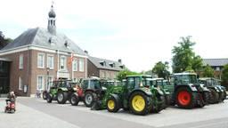 Boeren protesteerden de afgelopen weken bij hun gemeentehuizen, zoals donderdagmorgen in Gemert