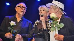 Anneke Grönloh met Ria Valk en Rob de Nijs. (Foto: Harm van Leuken)