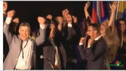 De delegatie van de gemeente juicht om het binnenhalen van de Europese titel
