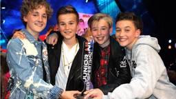 Jannes, Niels, Ian en Max winnen als Fource het Junior Songfestival