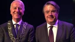 Peter Noordanus (links) naast de Commissaris van de Koning Wim van de Donk. Foto: Jan Waalen/Omroep Brabant