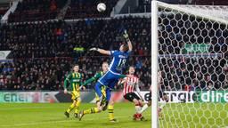 Marco van Ginkel in actie tijdens PSV-ADO