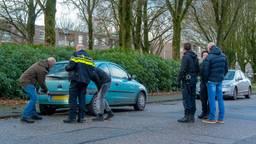 De auto van de omgebrachte vrouw. (Foto: Jules Vorselaars/JV Media)