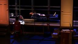 Bram Bakker opent het gala vanaf een bed