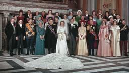 Het huwelijk van prins Claus en prinses Beatrix in 1966. (foto: Wikimedia)