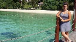 Lisa van den Ven uit Sint-Oedenrode geniet van de zon in Borneo