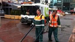 Ergon medewerkers aan het werk (Foto: René van Hoof).