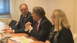 Wim van de Donk op werkbezoek in Werkendam op de bres voor maritieme sector