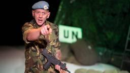 Raymond Braat verwerkte zijn trauma door mee te doen aan een theatervoorstelling over Srebrenica. (foto: Annelies Verhelst/Het Magazijn Theaterproducties)