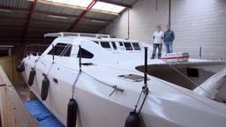 Paul en Jolanda bouwen zelf enorme catamaran