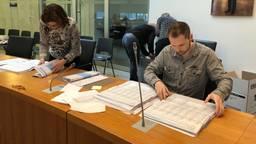 Het hertellen van de stemmen in Bernheze