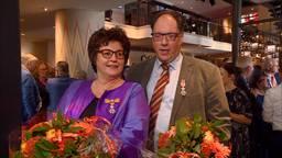 Zus Monique en broer Toine Jimkes uit Bergen op Zoom, die tot hun verrassing beiden werden verrast (foto: Jan Waalen).