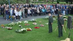 De herdenking in het Valkenbergpark in Breda (Foto: Perry Roovers).