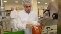 Dankzij de Verspillingsfabriek haalt 'waardeloos voedsel' toch de winkelschappen