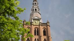 De klok van de Sint Jan staat stil op halfvijf. (Foto: Jan Peels)