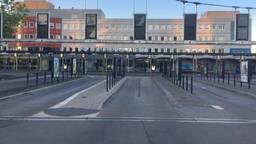 Het is stil op het busstation in Eindhoven (foto: Hans van Hamersveld).