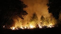De brand aan de Graafseweg in Boxmeer (Foto: Saskia Kusters / SK-Media)