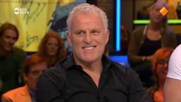 Peter R. de Vries doet live op tv een bod op de gele trui van Martijn uit Etten-Leur
