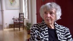 Anne Mieke Mol - Dubois meldde zich als 18-jarige vrijwillig bij het Britse militaire ziekenhuis in Eindhoven.