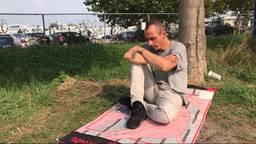 Remko Ehrhardt tijdens zijn tweede dag in hongerstaking