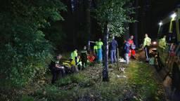 Quadrijder vliegt in donker bos uit de bocht en wordt bewusteloos gevonden in sloot (Foto: Berry van Gaal)