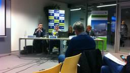 Ryanair-topman Michael O'Leary (tweede van links) tijdens een eerdere bijeenkomst op Eindhoven Airport. (foto:  Raoul Cartens)