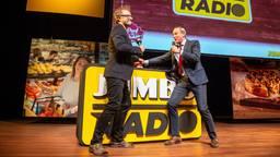 Frits van Eerd, CEO Jumbo Supermarkten, geeft startsein voor Jumbo Radio (Foto: Jumbo Supermarkten)
