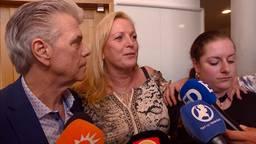 De familie Van den Hurk na de uitspraak door het gerechtshof.
