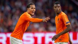 Virgil van Dijk en Denzel Dumfries (foto: OrangePictures).