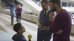 Dijkhoff werd ondervraagd door de 9-jarige Nemr uit Irak. (Foto: Terug naar je eige land)