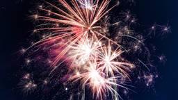 De vuurwerkshow in Reek mag op de valreep doorgaan. (Foto: pexels.com)