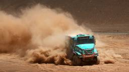 Ton van Genugten onderweg naar de zege in etappe 5 van de Dakar Rally (foto: Willy Weyens)