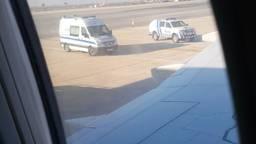 Het vliegtuig maakte een noodlanding in Faro. (Foto: Marlies van der Graaf)