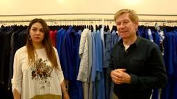 Addy van den Krommenacker opent binnenkort een winkel in Koeweit, Sama (links) gaat de zaak runnen.
