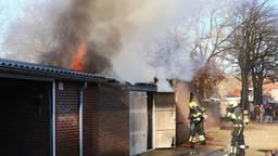 Werk aan de winkel voor de brandweer in Oss (foto: Charles Mallo/SQ Vision Mediaprodukties).