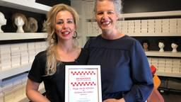 Peggy van de Vijfeijken en Vivienne van Leuken tijdens hun nominatie voor de Brabander van het Jaar