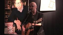 Maarten van der Zanden zingt het winnende lied
