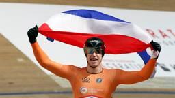 Harrie Lavreysen na het behalen van de wereldtitel. (Foto: VI Images)