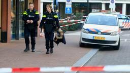 Politie na de schietpartij in Helmond eind januari. (Foto: Danny van Schijndel)