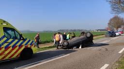 De vrouw is met onbekende verwondingen naar het ziekenhuis gebracht. (Foto: Iwan van Dun/Reality Photo)
