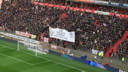 Het spandoek met de tekst: 'Robbie succes met het belangrijkste gevecht van je leven'