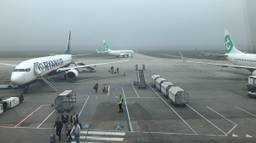 Opnieuw dichte mist op Eindhoven Airport (archieffoto).
