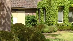 Het huis in Eersel waar de healingsessies plaatsvonden (Foto: Omroep Brabant).