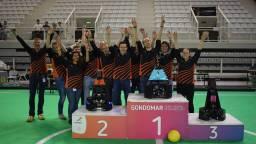 Het team van de TU/e is toch blij, ondanks de tweede plaats (foto: TU/e).
