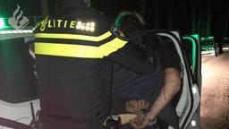 De verdachte werd op heterdaad betrapt. (Foto: Facebook politieteam Leijdal)